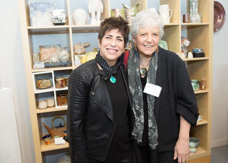 5D3_6252 Linda Solomon and Judith Weber