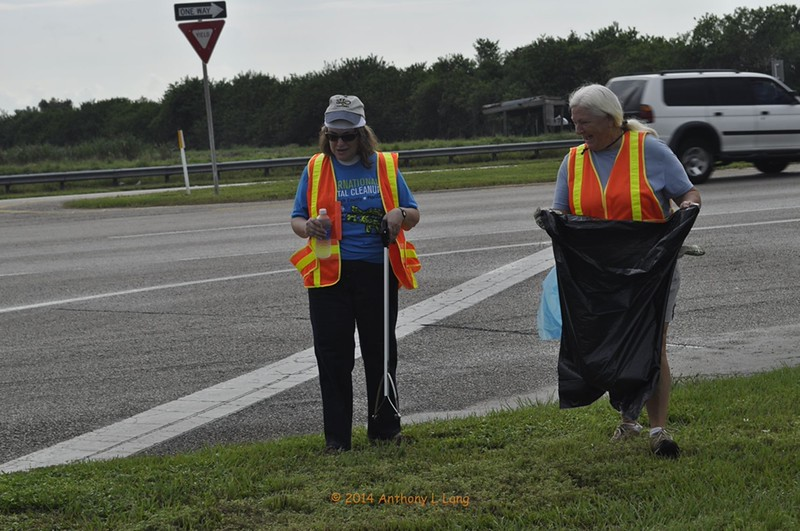 <b>Cleanup Day Volunteers - Helene Kohrn and Peggy Tiller</b> September 20, 2014 <i>- Tony Lang</i>