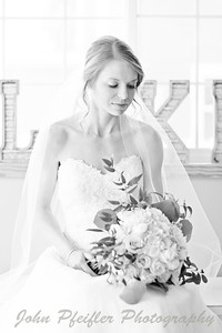 Kaelie and Tom Wedding 03J - 0065bw