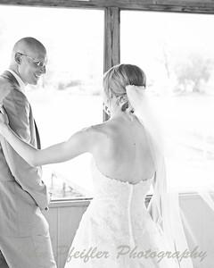 Kaelie and Tom Wedding 03J - 0079bw