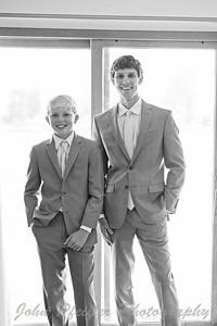 Kaelie and Tom Wedding 03J - 0027bw