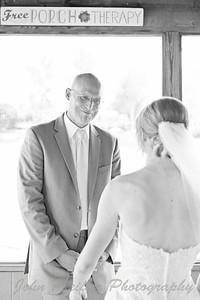Kaelie and Tom Wedding 03J - 0080bw