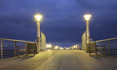 Blue hour image of Hermosa Pier, Hermosa Beach, California, just before sunrise.