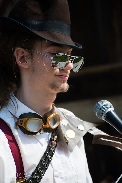 Steampunk Festival-227_ron_cliffordFR