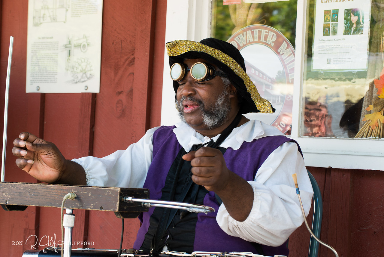 Steampunk Festival-370_ron_cliffordFR