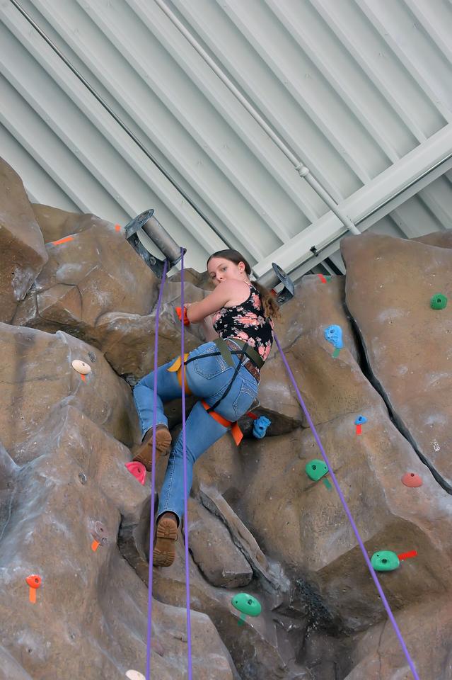 Climbing Wall6028_035