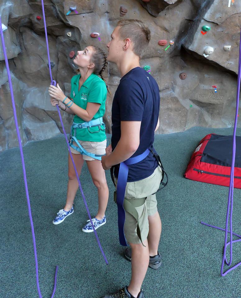 Climbing Wall5786_005