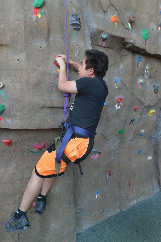 Climbing Wall5804_007