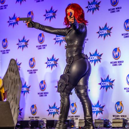 Wizard World Minneapolis Comic Con 2015, Girls of Comic Con, Black Widow Cosplay, Black Widow Costume, Sexy Cosplay, Sexy Black Widow Costume