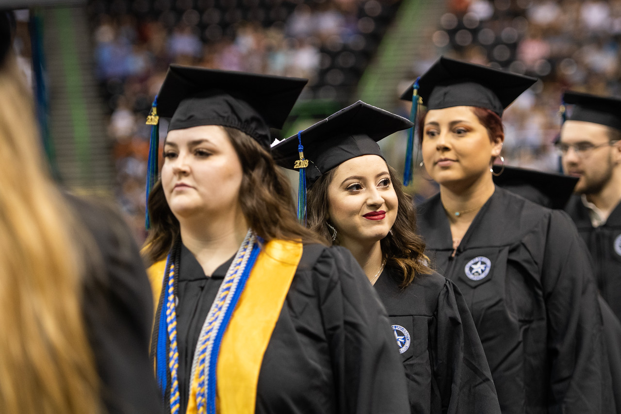 2018_0804-SummerCommencement-2-9