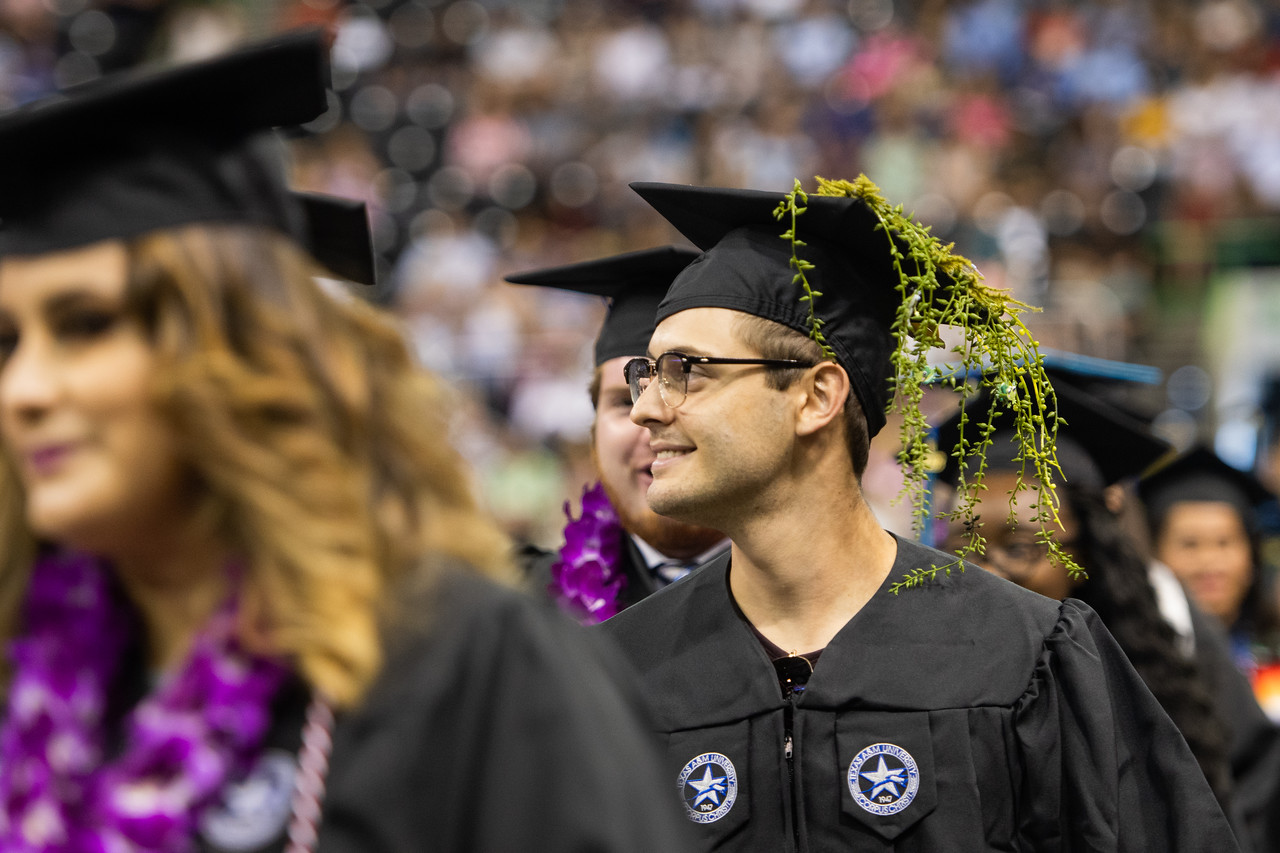 2018_0804-SummerCommencement-2-8