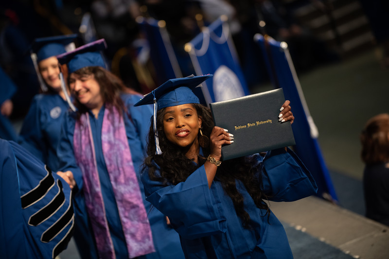 May 11, 2018 commencement -1833