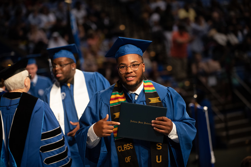 May 11, 2018 commencement -1880