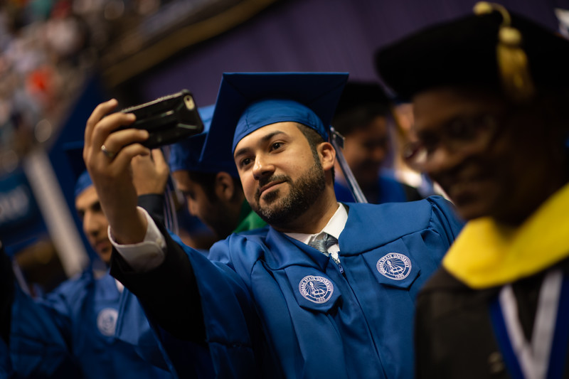 May 12, 2018 commencement -2328