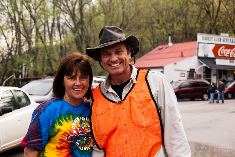 """Kelly Chapman with Dave Shuffett of Kentucky Life """"Dave Does It"""" show"""