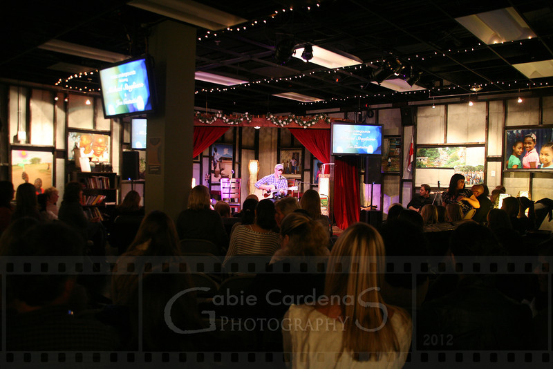 20120323 3064 GabieCardenas_UgroundConcert Canon