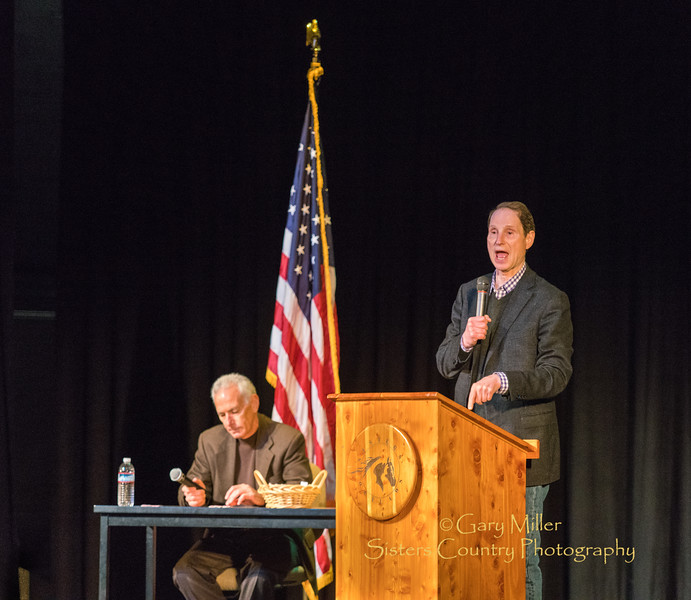 Ron Wyden Town Hall in Sisters, Oregon © 2017  Gary N. Miller, Sisters Country Photography