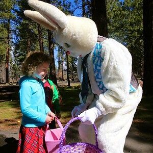 Sisters/Camp Sherman Fire Department  Easter Egg Hunt @ Creekside Park 2016