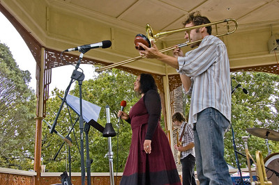Lorraine Havill and Kingsley Melhuish Concert in the Parks 15th Anniversary Auckland Domain Auckland New Zealand - 30 Mar 2008
