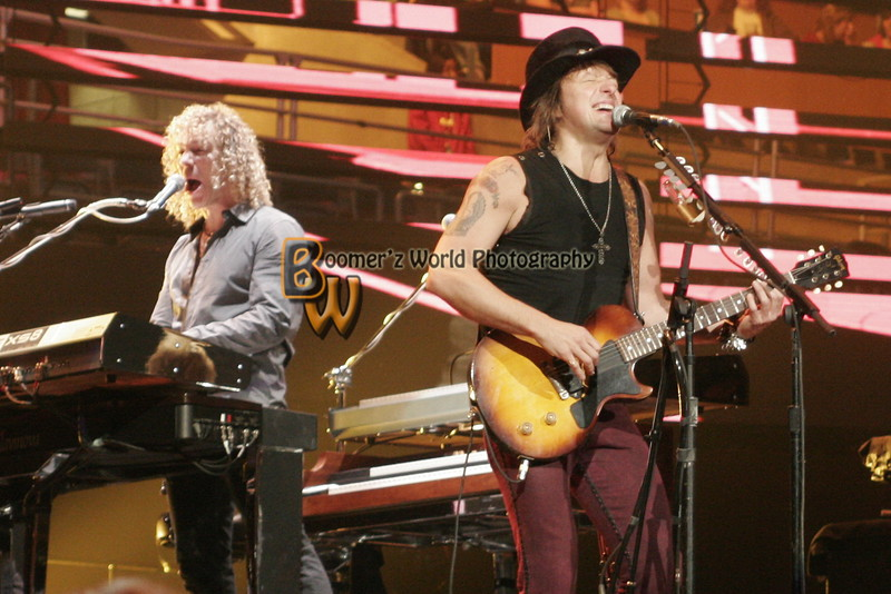 Daughtry_Bon Jovi 2008-15
