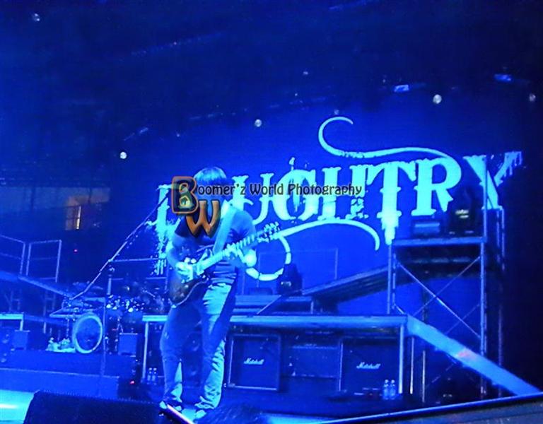 Daughtry-Theory 10-24-09-119 (Medium)