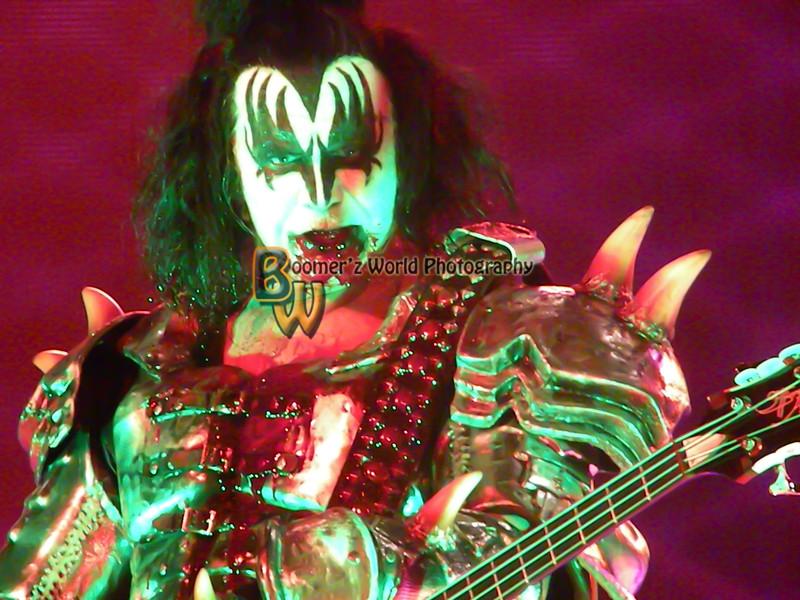 Kiss crue 9-8-12-40