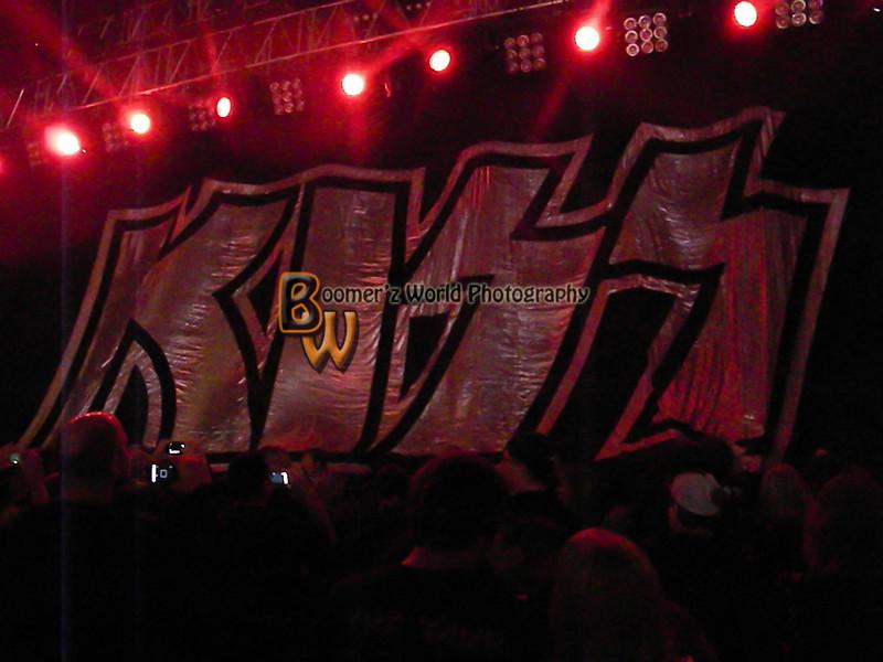 Kiss crue 9-8-12-19