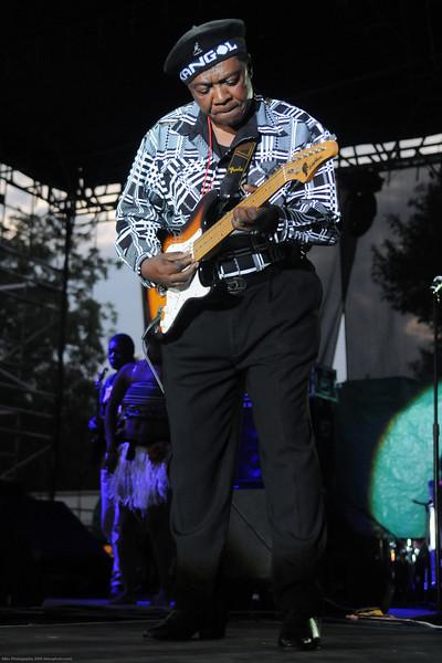 Lokassa - a great guitar player
