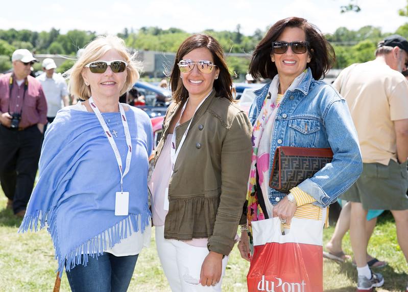 5D3_9305 Adeline and Kelly Marano and Barbara Muhlgeier