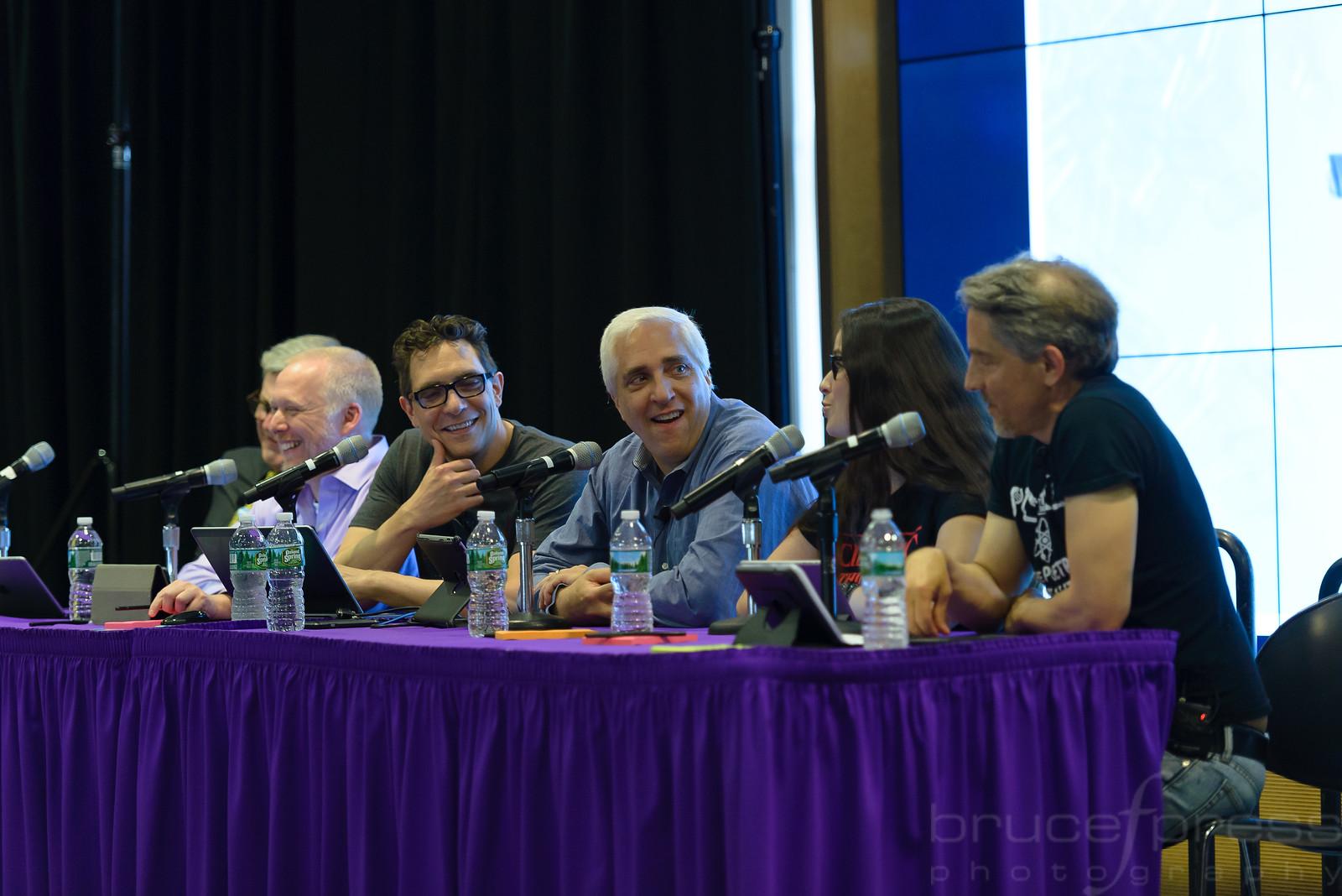 The Skeptics' Guide to the Universe Live /Steve Novella, Jay Novella, Bob Novella, Evan Bernstein, Cara Santa Maria, + Guest