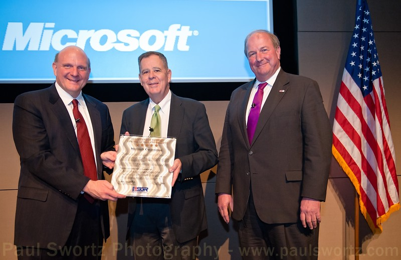 Microsoft CEO Steve Ballmer (left) holds a Statement of Support for the Guard and Reserve, with with Dennis M. McCarthy (center), Assistant Secretary of Defense for Reserve Affairs, and James Rebholz, national chairman for Employer Support of the Guard and Reserve, Wednesday, April 6, 2011, at the company headquarters in Redmond, Wash.