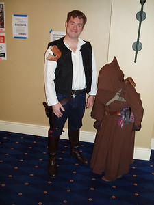Han with a poor Jawa who does not want to show it's face.