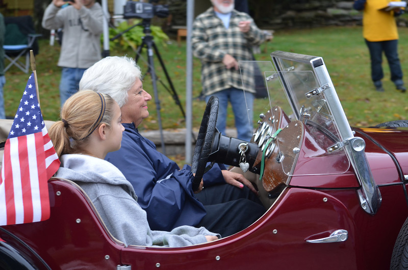 1939 Jaguar driven by Sue Gibbs.