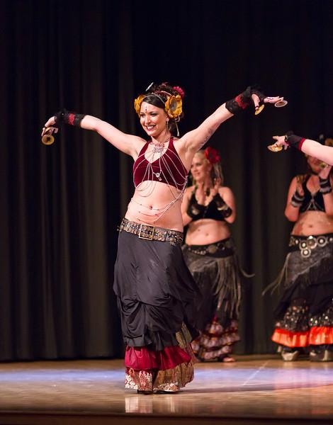 "<a href=""http://www.natashareedblog.com/2010/04/04/cues-and-tattoos-belly-dance/"">http://www.natashareedblog.com/2010/04/04/cues-and-tattoos-belly-dance/</a>"