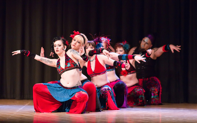 """Read My Hips <a href=""""http://www.natashareedblog.com/2010/04/04/cues-and-tattoos-belly-dance/"""">http://www.natashareedblog.com/2010/04/04/cues-and-tattoos-belly-dance/</a>"""