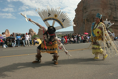 Apache crown dancer