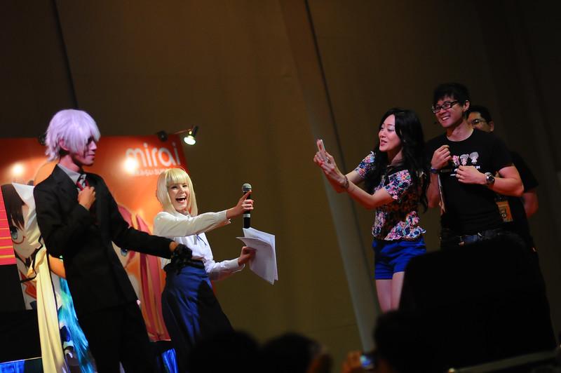"""#浅川悠 cant wait to received her """"prize"""" while Maridah's Cosplay Danny Choo watch on  :3"""