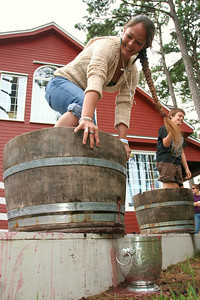 CFW-Grape stomp contestants 2