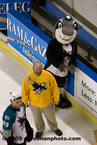 pb_wpc_sharks_fan_118_(Web)