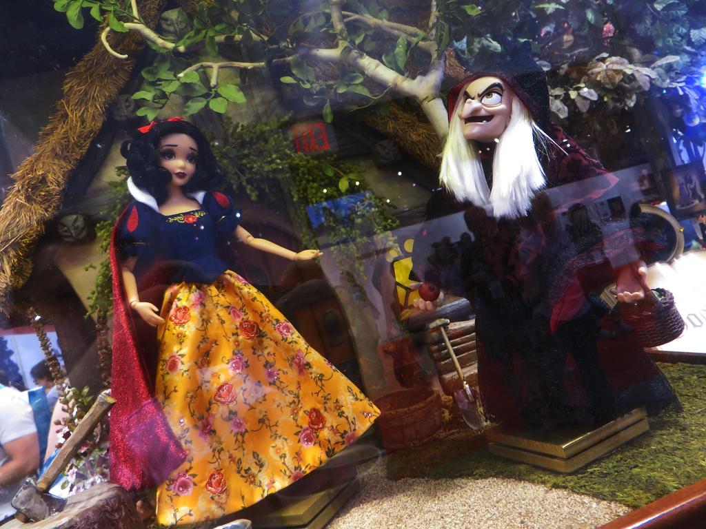 Disney Fairytale Designer Collection (depuis 2013) - Page 3 IMG_1930-XL