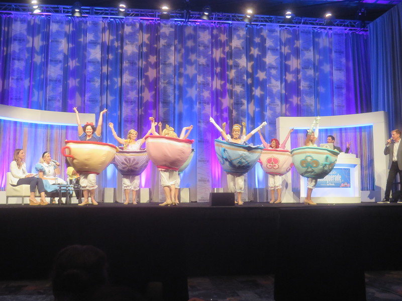 #D23Expo: FULL RECAP: Mousequerade 2019 costumes delight and awe, $2,300 top prize!