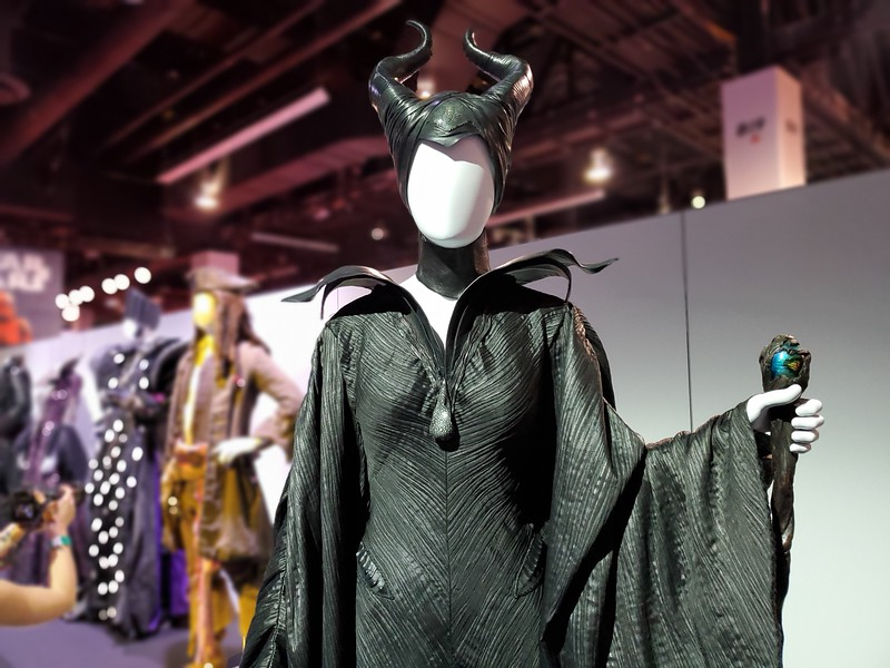 #D23Expo: Yes Queen! Plus Princess, Villain, and Hero artifacts and costumes from Walt Disney Archives