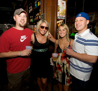 Ben Boyll, Leah Ricke, Cara Beckmann and David Fesman  at Mt. Lookout Tavern for the DERF Happy Hour