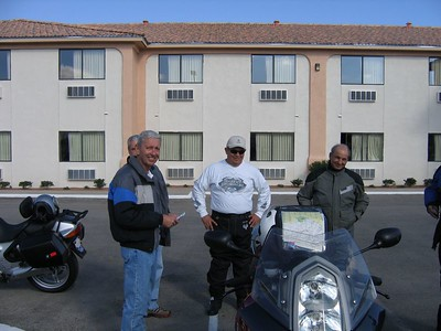 (from left ot right) - Louis Jordan (R-1150-RT) with Brian (Acacia - R-1150-R) Gurney peeking over his shoulder, Dave Mock (H-D Road King), and Mike Callas (R-1150-RT)