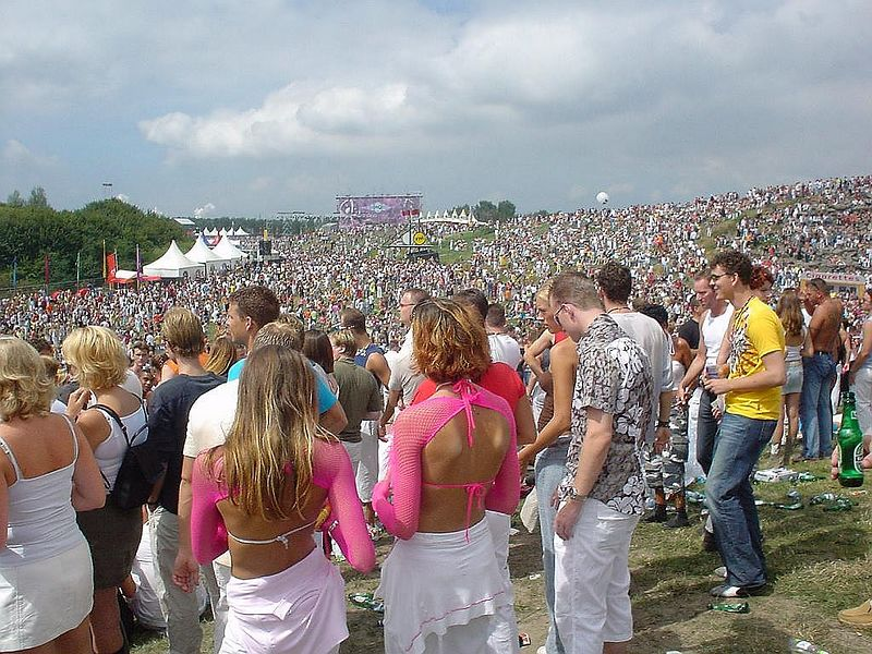 From the hill at main, looking towards the HQ stage