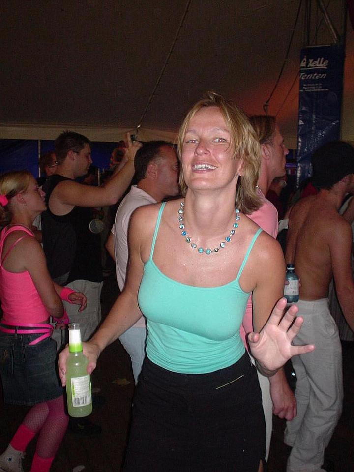 Petra dancing at Impulz on DJ Astrid
