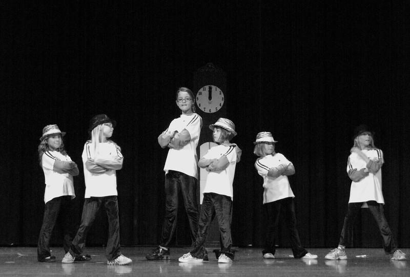 2011 12 Golden Dance Recital 333 bw