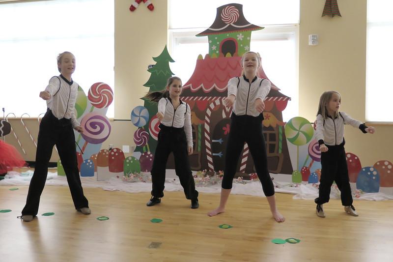 Golden Dance Holiday Recital 2015 12 68