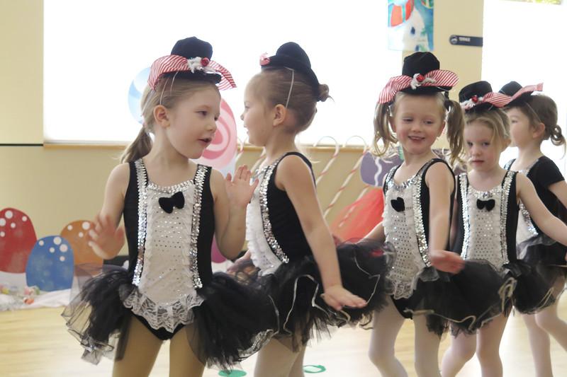 Golden Dance Holiday Recital 2015 12 51