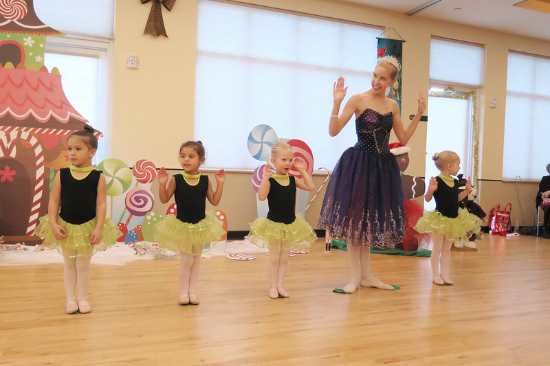Golden Dance Holiday Recital 2015 12 167
